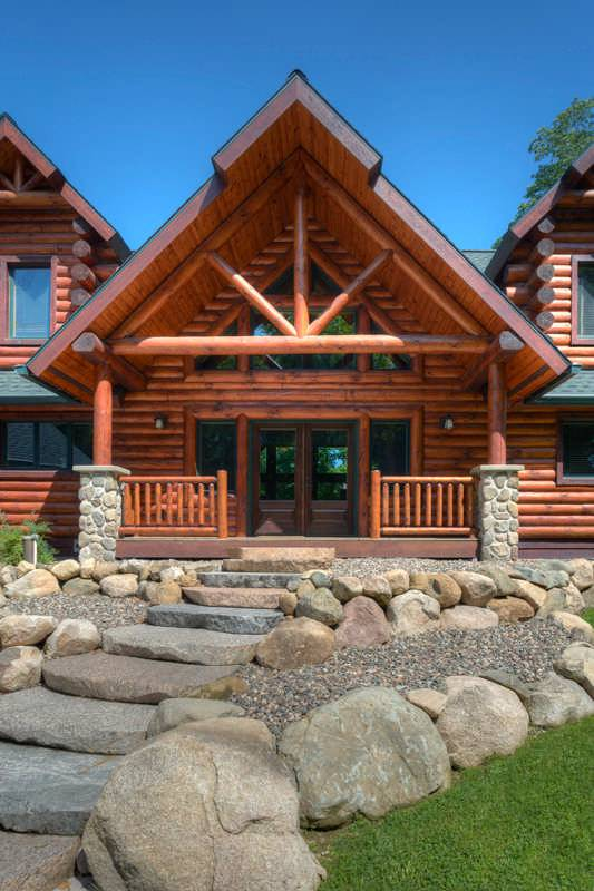 A hybrid half log home in wisconsin for Www loghome com