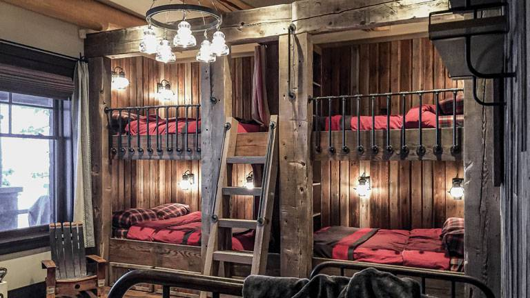 Bunkhouse-Suite-by-Rochelle-Lynne-Design-5_8542_2020-10-01_11-48