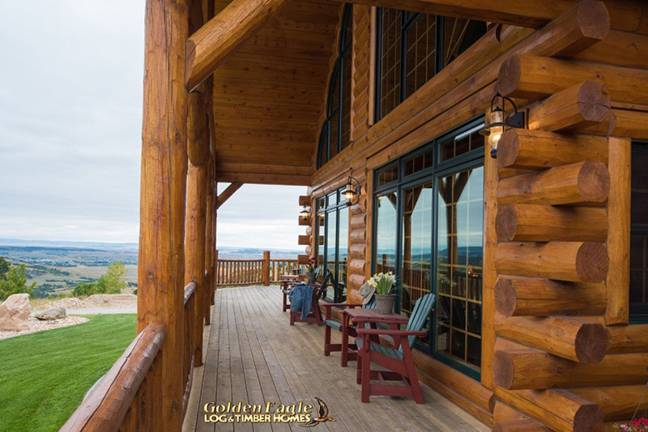 Spearfish Country's Best log home from Golden Eagle Log & Timber Homes